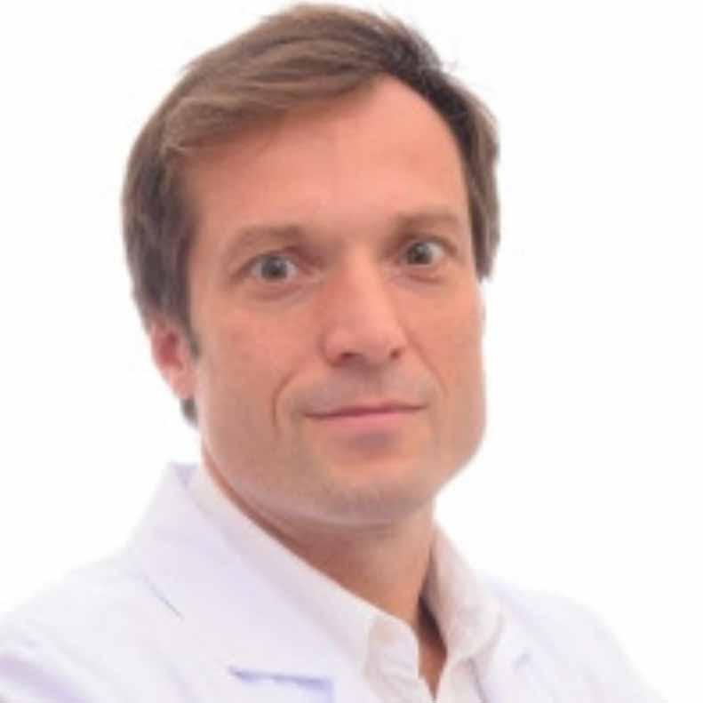 Dr. Gustavo Ballarin