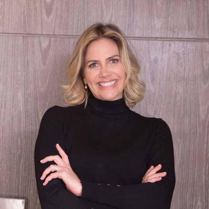 Dra. Katia Costa